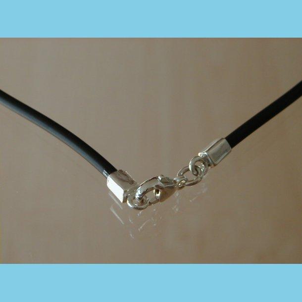 Gummi Halskæde med sølv 62 cm